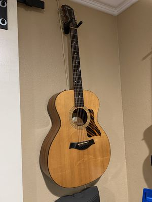 2004 Solid Wood Taylor 214 acoustic guitar with hard case for Sale in San Jose, CA