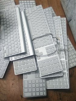 Mac Keyboard $10 For All for Sale in Los Angeles,  CA