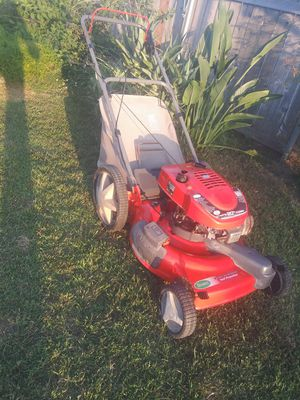 Lawn Mower. (Self Propelled) for Sale in Chino, CA