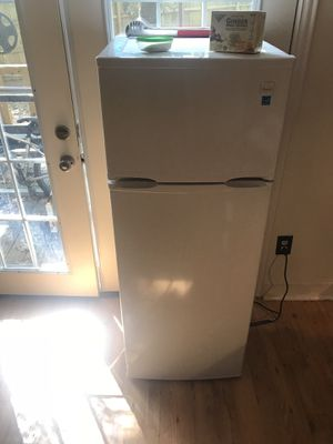 Refrigerator for Sale in The Woodlands, TX