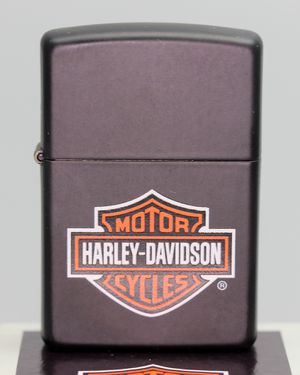New Sealed Harley-Davidson Motorcycles Genuine ZIPPO Lighter with case and manual Red seal for Sale in Schaumburg, IL