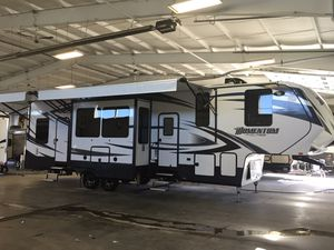 2016 Grand Design Momentum Toy Hauler for Sale in Indiana, PA