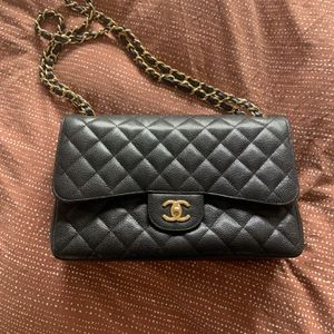 Authentic Chanel Classic Double Flap Bag Quilted Caviar for Sale in Brooklyn, NY