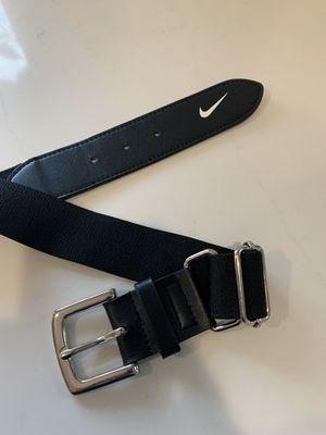 Mens Used Once Nike baseball softball belt for Sale in Auburn, WA