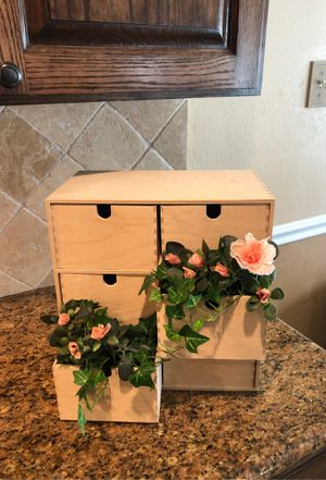 Wooden cubby shelf organizer greenery and floral 15 with or without greenery for Sale in Katy, TX