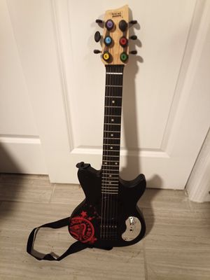 First Act Discovery Venom Electric Guitar w/ Built-in Amp 6-String Instrument for Sale in Tampa, FL