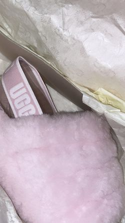 Pink Ugg Slides Size 7 $85 for Sale in Sloan,  NV