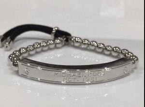 Michael KORS Designer SILVER Round Bead Logo Bar Stretch Bracelet LEATHER TIES for Sale in Macomb, MI