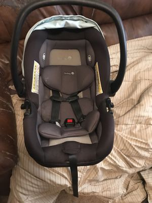 Infant car seat for Sale in Siloam Springs, AR