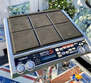 New never used Roland SPDS electronica drum pad with AC cable and licensed Roland drum stand . for Sale in Long Beach, CA