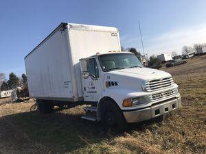 05 sterling box truck for Sale in Peoria, IL