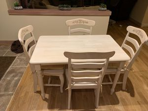 Kitchen table for Sale in Issaquah, WA