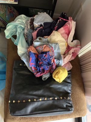 Free bag of clothes - kids tea and ladies and a bag for Sale in Plantation, FL
