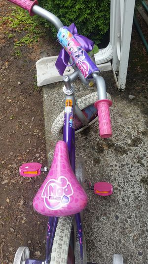 Girls bike for Sale in Hillsboro, OR