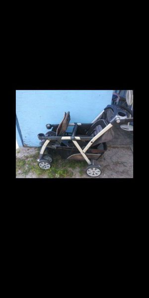 Chicco double stroller for Sale in Orlando, FL