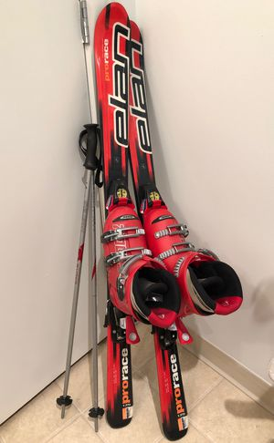 ELAN Child 's skis with Rosces adjustable sizing boots and Salomon adjustable bindings for Sale in Upper Gwynedd, PA