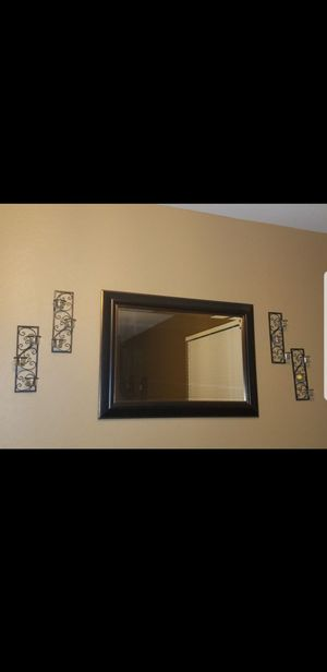 Mirror and wall decor for Sale in Goodyear, AZ