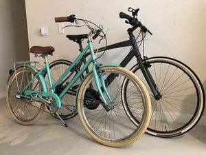 Selling two bikes in great conditions for Sale in Miami, FL