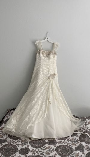 Ivory Wedding dress size 10 for Sale in Asheville, NC