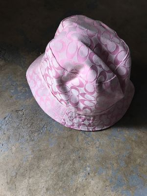 Pink coach bucket hat 5$ delivery fee for Sale in Spring Valley, CA
