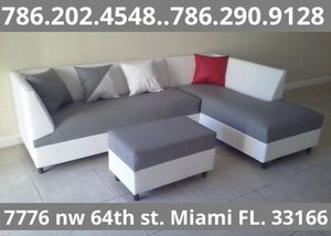 L shape sectional couch available for sale brand new!! for Sale in Miami, FL