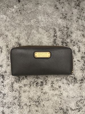 Marc Jacobs Gray Wallet for Sale in Tukwila, WA
