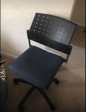 Desk chair for Sale in Lebanon, TN