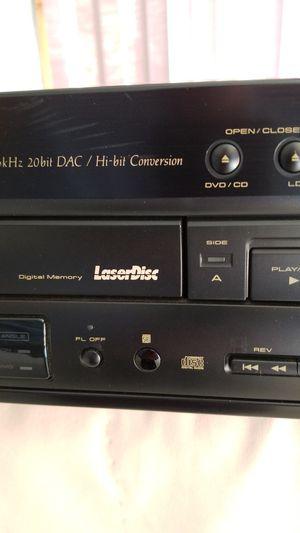 LaserDisc DVD CD player Pioneer DVL700 + 25 discs for Sale in Ridgefield, CT