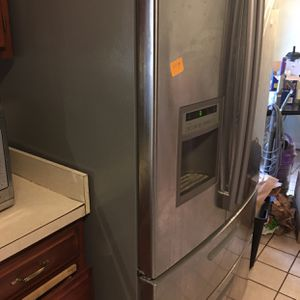 Refrigerator stainless Steel LG for Sale in Vienna, VA
