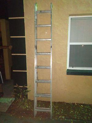 Escalera de 20 pies for Sale in Tampa, FL