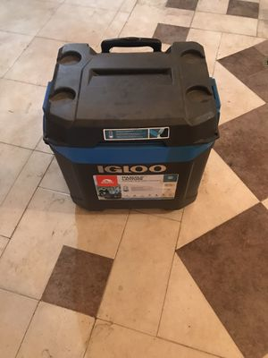 Igloo 62qt cooler for Sale in Claremont, CA