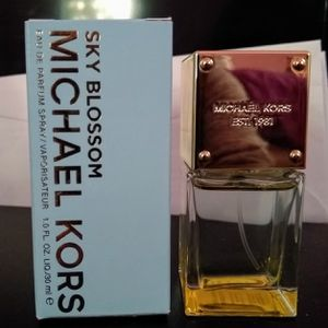 Michael Kors sky blossom perfume for Sale in San Bernardino, CA