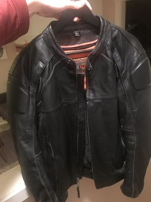Large 100% leather motorcycle jacket GREAT shape for Sale in Portland, OR