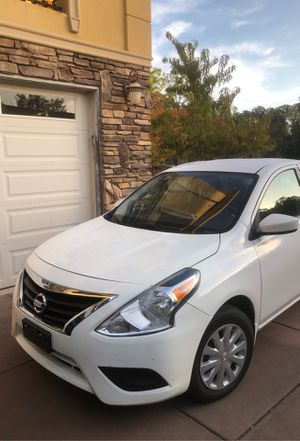 2017 Nissan Versa only 17,000 kmiles $6950 for Sale in Rancho Cordova, CA