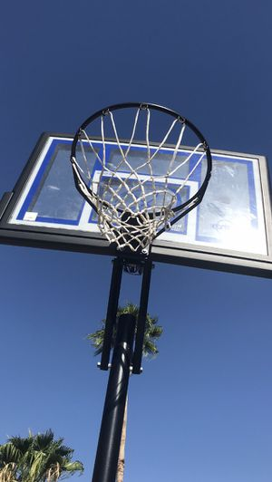 Lifetime Portable Basketball System for Sale in Surprise, AZ