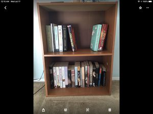 Small book shelf for Sale in Puyallup, WA