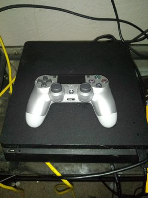 Ps4 with fortnite account for Sale in Denver, CO