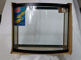 New 26 gallon bowfront aquarium fish tank for Sale in Eastman,  GA