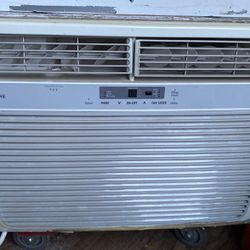 Frigidaire Ac Unit for Sale in Kent,  WA