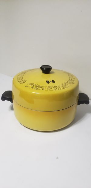 Gold vintage pan cooking pot for Sale in Orlando, FL