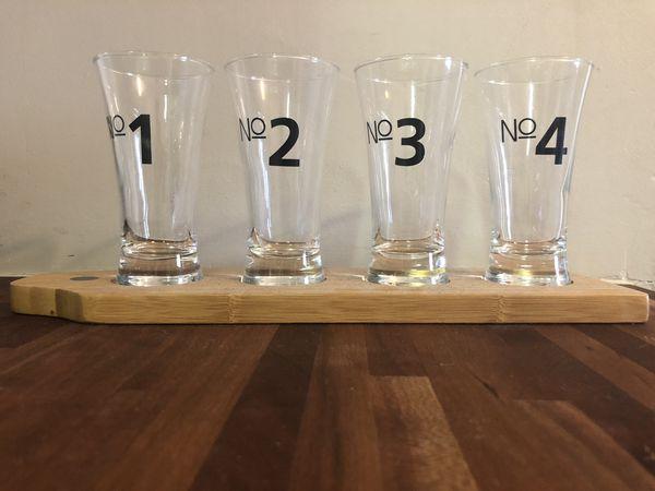 Beer shot glass set