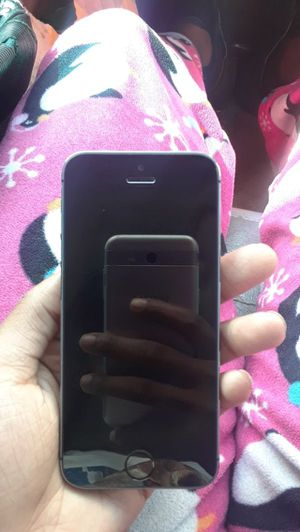 Unlocked iPhone 5s for Sale in St. Louis, MO