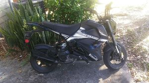 Bintelli beast 49cc for Sale in Tampa, FL