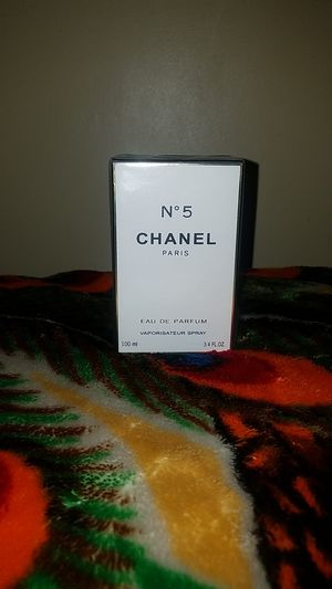 CHANEL #5 PERFUME 100 ML NEW$100 DOLLARS OBO for Sale in West Puente Valley, CA