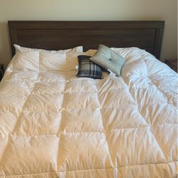 King Size Platform Bed (no box Spring Needed) for Sale in Morrisville,  NC