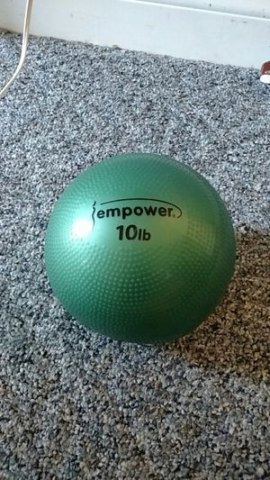 Empower workout ball 10ib for Sale in Grand Haven, MI