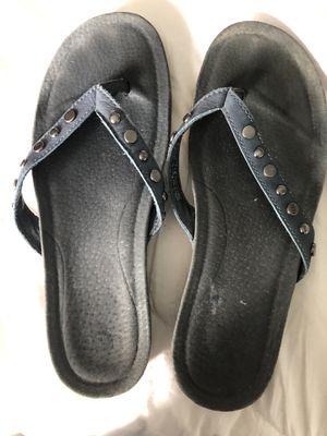 Ugg flip flops size 6 women's for Sale in Sanford, NC