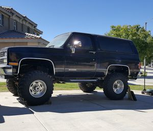 1989 CHEVY BLAZER 4X4 for Sale in Lancaster, CA
