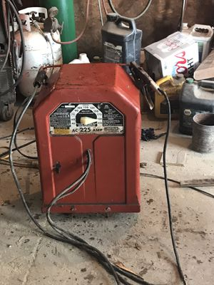 Arc welder AC 225 AMP Lincoln electronic for Sale in New Baden, IL