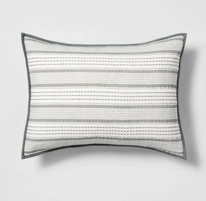 Standard Pillow Sham for Sale in Chicago, IL